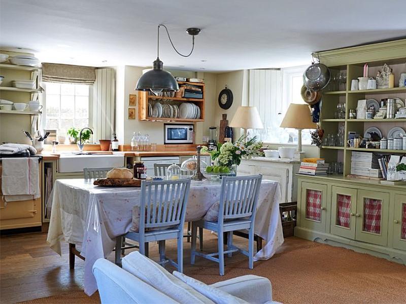 صندلی میز آشپزخانه